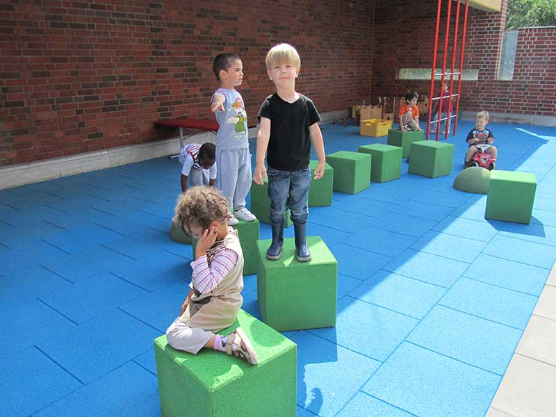 playground rubber cubes